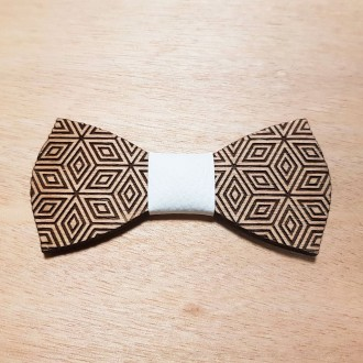 Papillon in legno inciso personalizzato